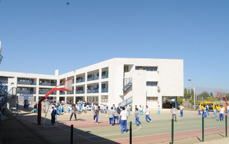 Colegio José Joaquín Prieto